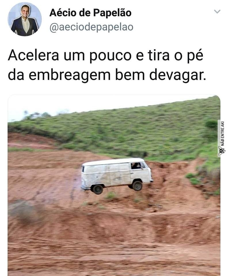 *aquela musica do Harry Potter na flauta* - meme