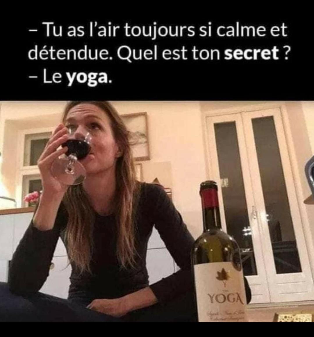 Aaaa le yoga - meme