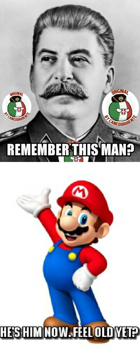 Curioso che nessuno abbia mai notato la somiglianza - meme