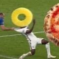 Pizza à l'ananas