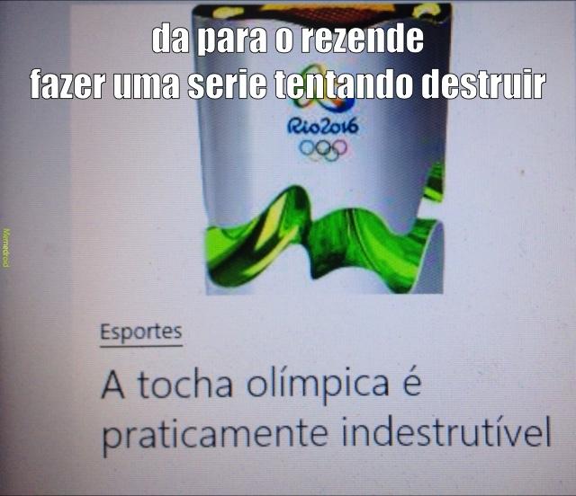 amoeba é passado o negocio agr é tocha olimpica - meme