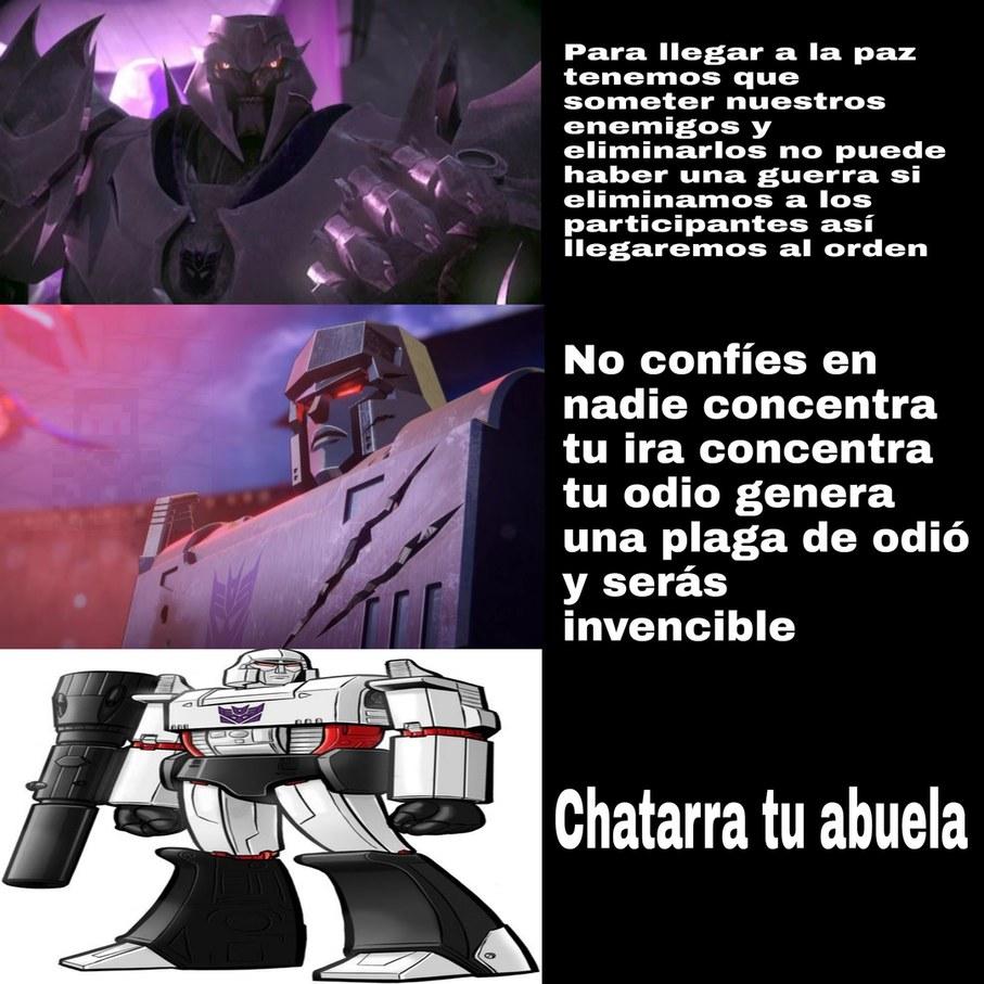 Megatron es un villano de los God - meme