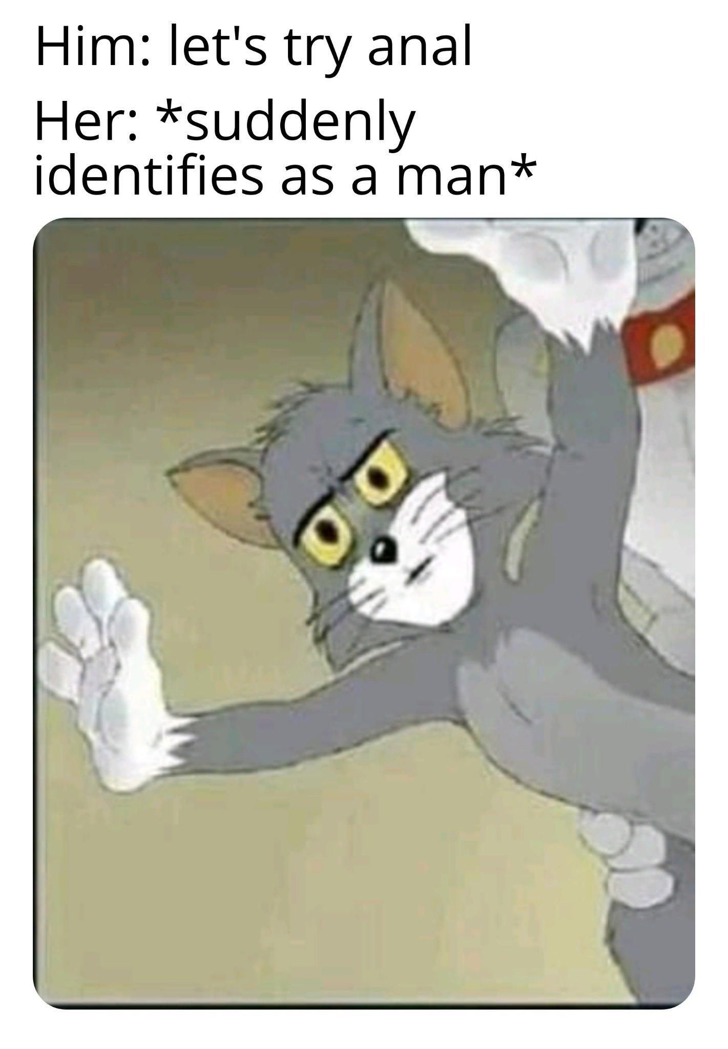 Very unsettled Tom - meme