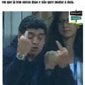 Maradona penta louco ligado na coca