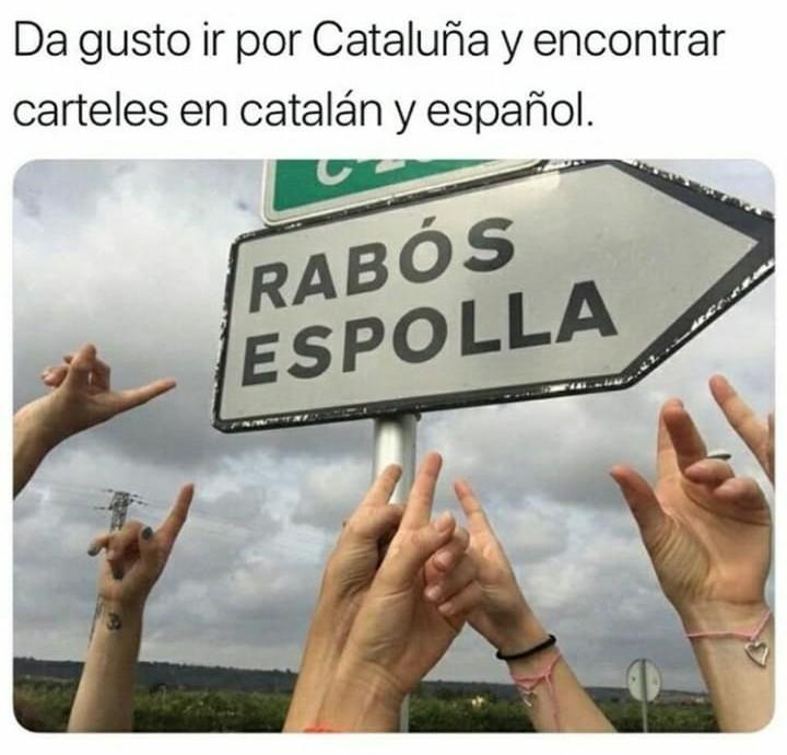 El titulo sabe español - meme