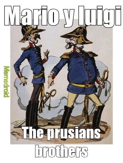 Hey luigi tenemos que rescatar a la kaiserin de el emperador Napoleon Bowser - meme