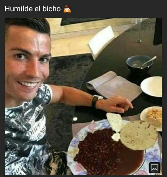 Humilde el bicho - meme