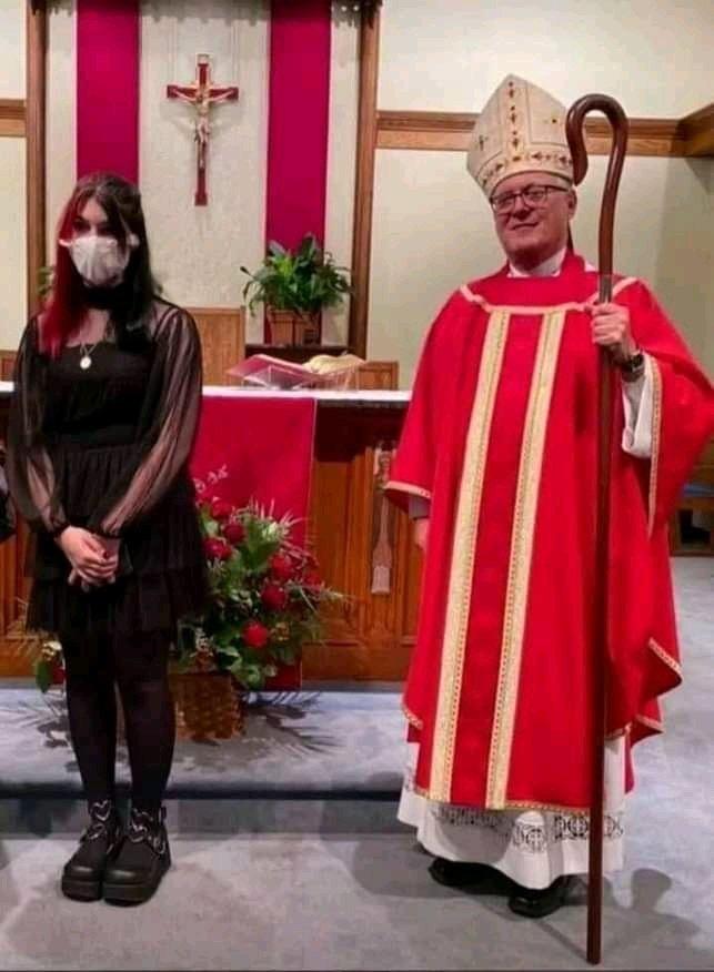 e-Católica gótica - meme