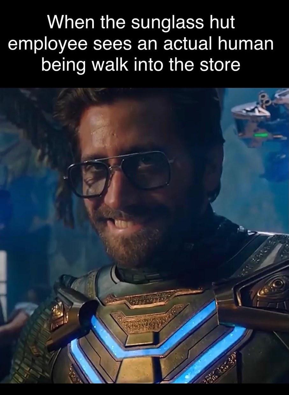 Sunglass slut - meme