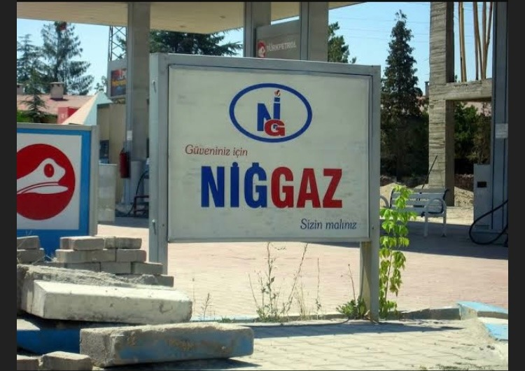 Gas for N - meme