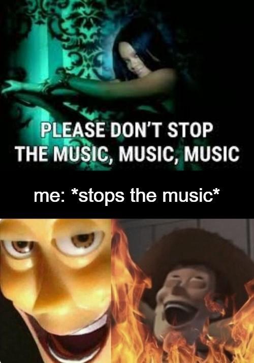 Get rekt, Rihanna - meme