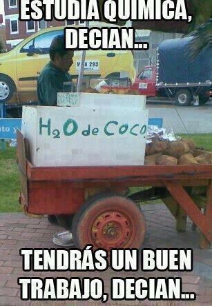 H2O de coco xDD \○▪○/ La formula secreta - meme