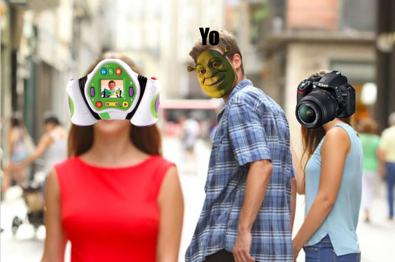 Comprad la camara de mi héroe, Buzzlightyear - meme